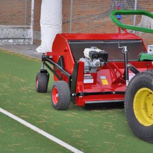 Kehrmaschine für Grünanlagen und Sportplätze